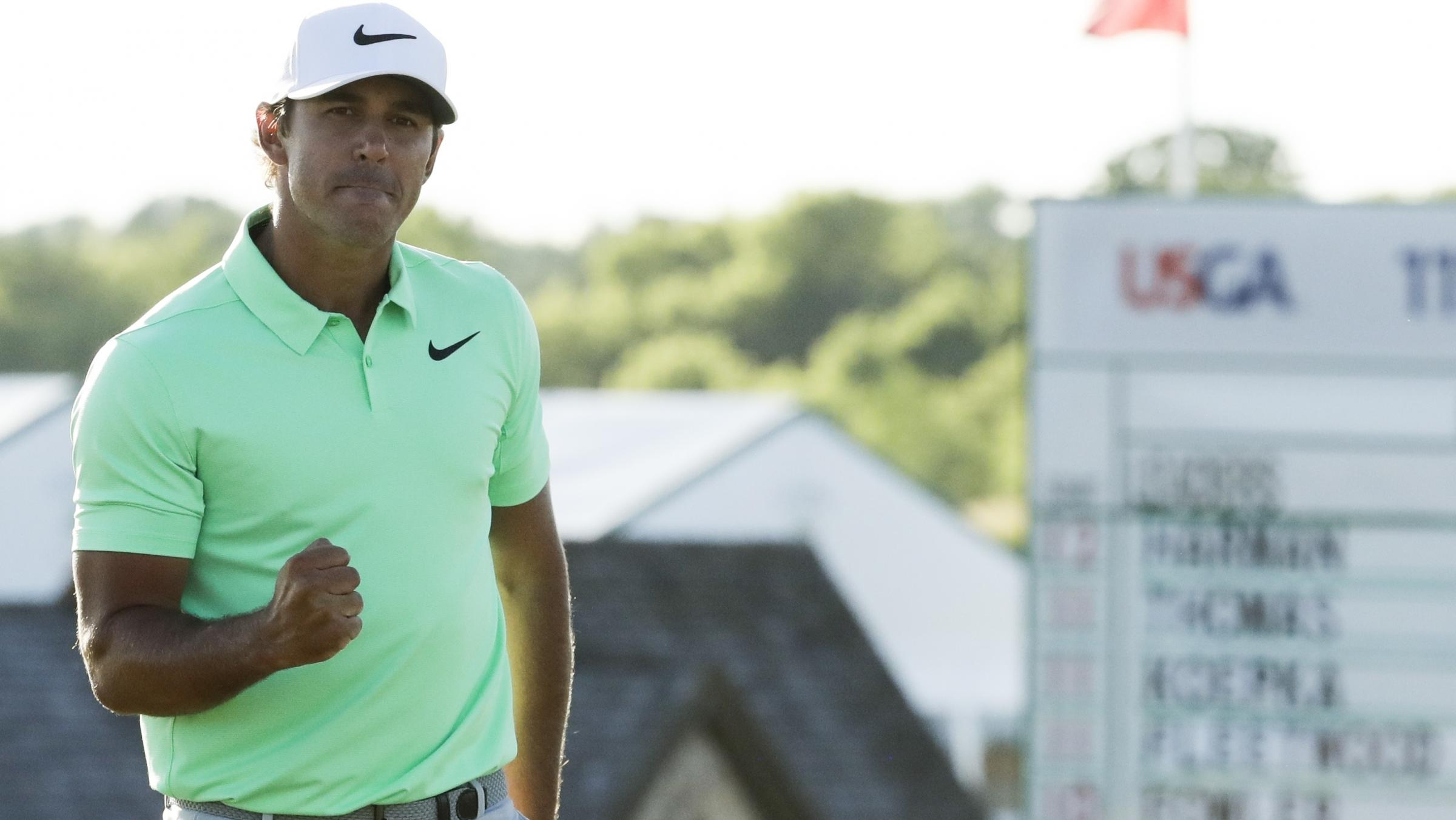 Koepka pulls away to win US Open